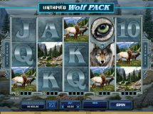 untamed wolf pack slot screenshot 1